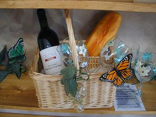 Grove Winery Tasting Room Gifts